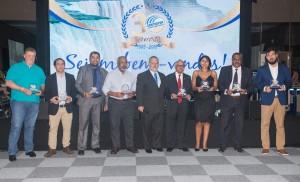 Diretores da confederação foram homenageados durante o evento - foto Marcos Labanca