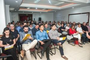 Empresários das Três Fronteiras e das cidades da região lotaram o auditório da De Paula - foto Marcos Labanca