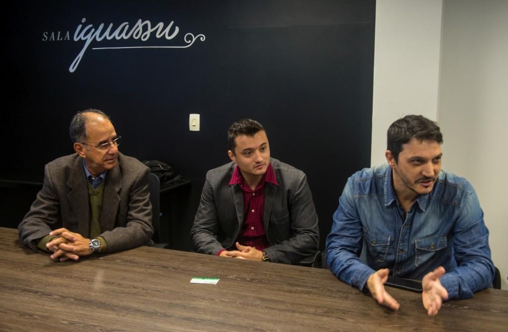 Fernando Coutinho, Jin e Aleandro Petrycoski (da esquerda para a direita) - Foto Marcos Labanca
