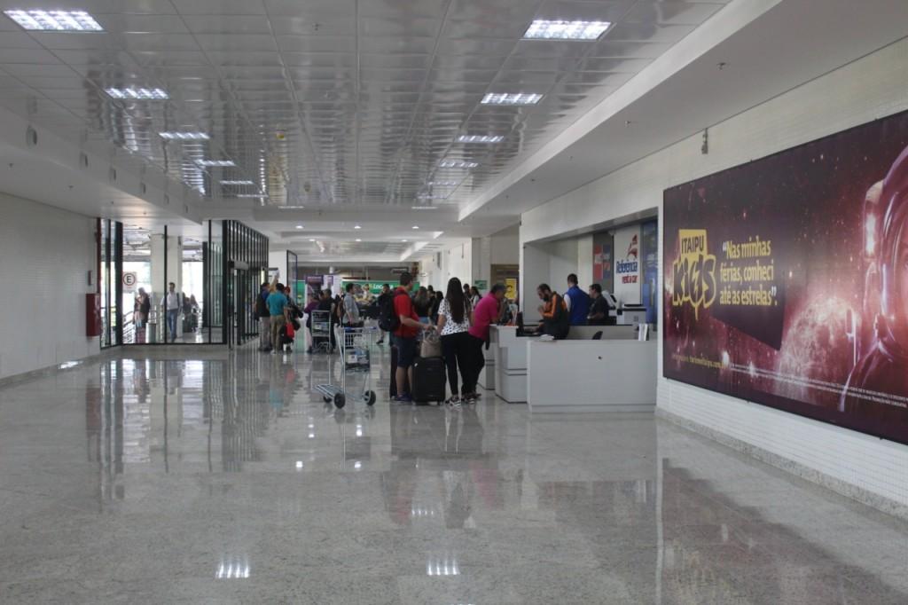 Novo saguão do Aeroporto tem espaço amplo para receber turistas que chegam ao Destino Iguaçu